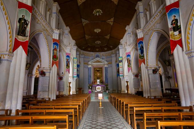 giáo đường nhà thờ Mằng Lăng