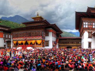 BHUTAN : CÕI NIẾT BÀN TĨNH MẶC